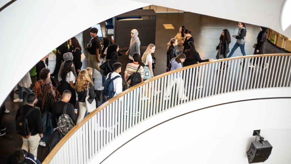 Ørestad Gymnasium - Bedste gymnasium i København (efter vores mening)