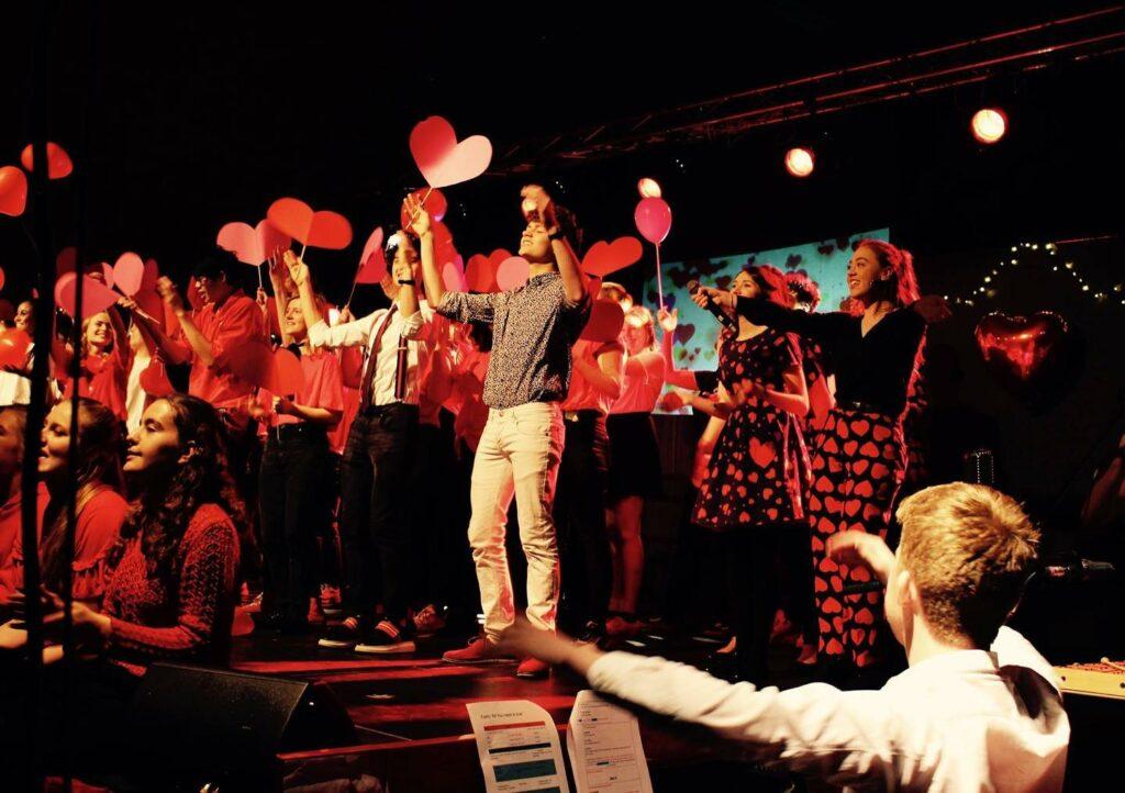 Fællesskab i Multiforestilling Ørestad Gymnasium musical7