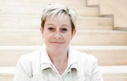 Servicemedarbejder Tina Eva Blindbæk Ansatte Ørestad Gymnasium